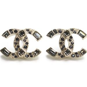 New Auth CC 19AW earrings Classic